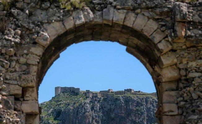 Anavarza için hedef 'UNESCO kalıcı miras listesi'