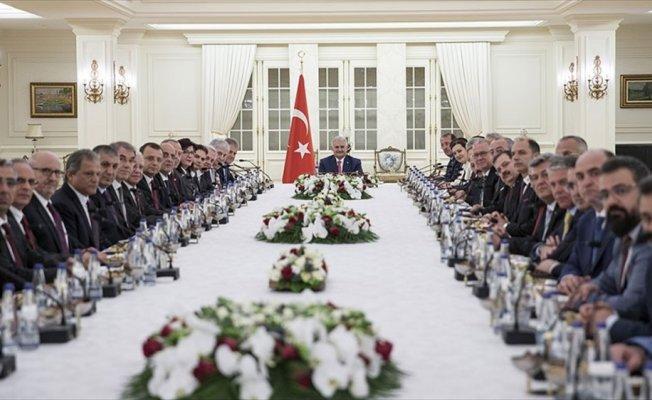 Başbakan Yıldırım, İzmir iş dünyası temsilcilerini kabul etti
