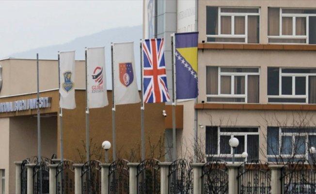 Bosna Hersek'teki FETÖ okullarında 'İngiliz' bayrağı