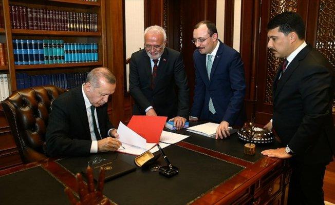 Erdoğan cumhurbaşkanı adaylığı muvafakatnamesini imzaladı