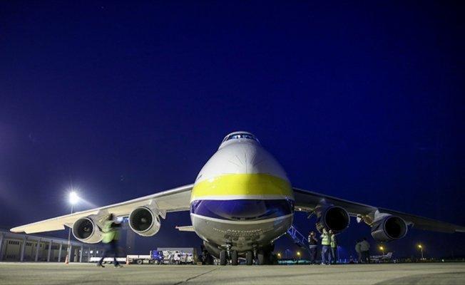 Dünyanın en büyük 2. kargo uçağı Bursa'ya indi
