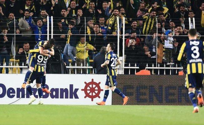 Fenerbahçe ikinci yarıda güldü