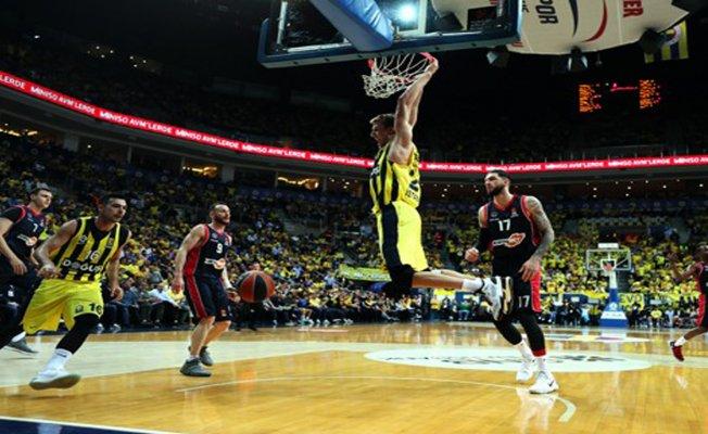 Fenerbahçe play off turuna galibiyetle başladı