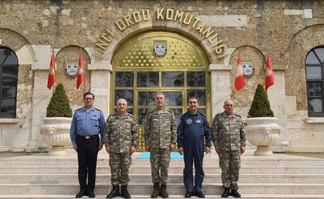 Genelkurmay Başkanı Orgeneral Akar 1'inci Ordu Komutanlığında incelemede bulundu