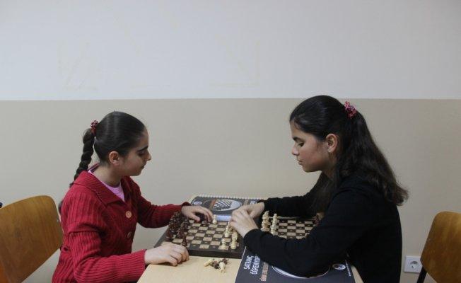Görme engellilere yönelik ikinci satranç sınıfı