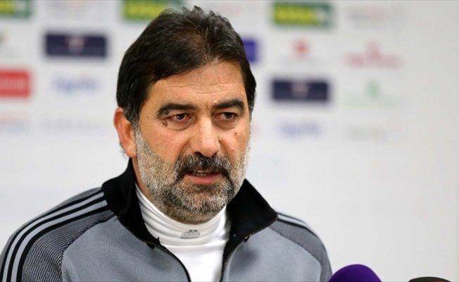 Kardemir Karabükspor Teknik Direktörü Karaman: Takımların silahları olur, biz bundan yoksunuz