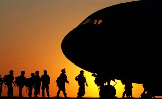 Libya'da askeri kargo uçağı düştü: 5 ölü