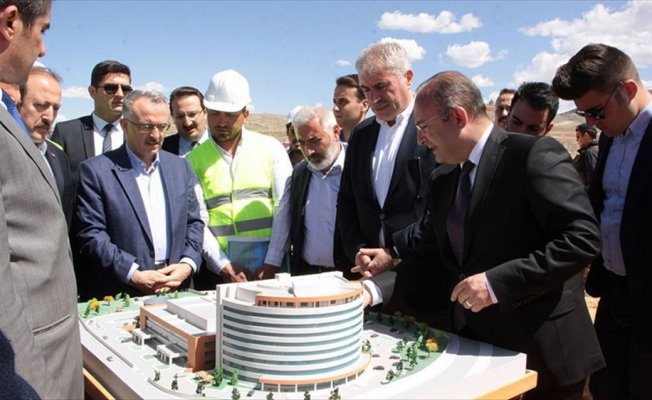 Maliye Bakanı Ağbal: Şehir hastanelerini birbiri ardına açıyoruz