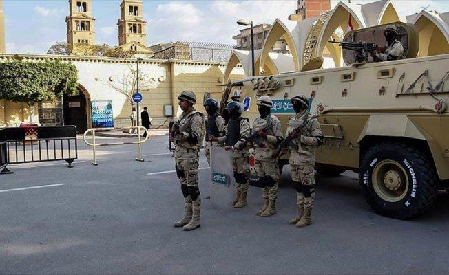 Mısır'da olağanüstü hal 3 ay daha uzatıldı