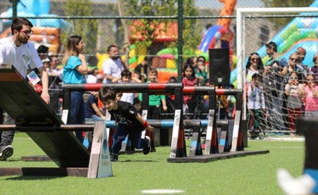 Okyanus Koleji'nden çocuklara 23 Nisan hediyesi 'Büyük Festival'
