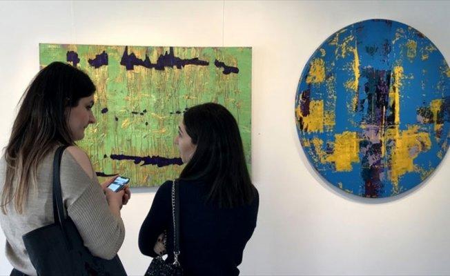 'Rengin Gör Dediği' isimli solo sergi açıldı