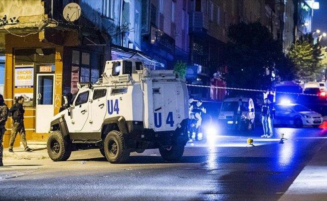 Sultangazi'de polise silahlı saldırı: 1 yaralı