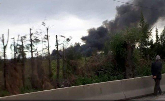 Cezayir'de uçak düştü.200 kişi hayatını kaybetti.