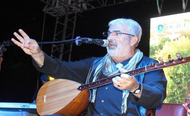Ünlü Halk Müziği sanatçısı Esat Kabaklı kaza geçirdi