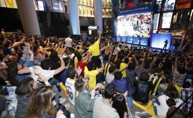 Final Four'da Final Heyecanı: Zorlu PSM merdivenlerinde heyecan dorukta