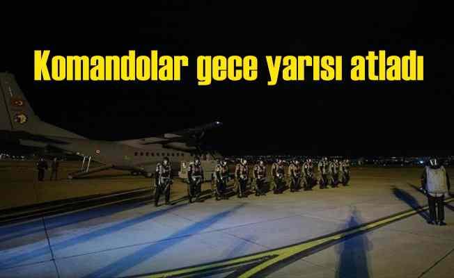 Komandolar gece yarısı paraşütle atladı: Yarasa gibi süzüldüler
