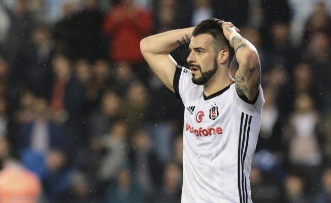Beşiktaş'ta Negredo ile yollar ayrılıyor