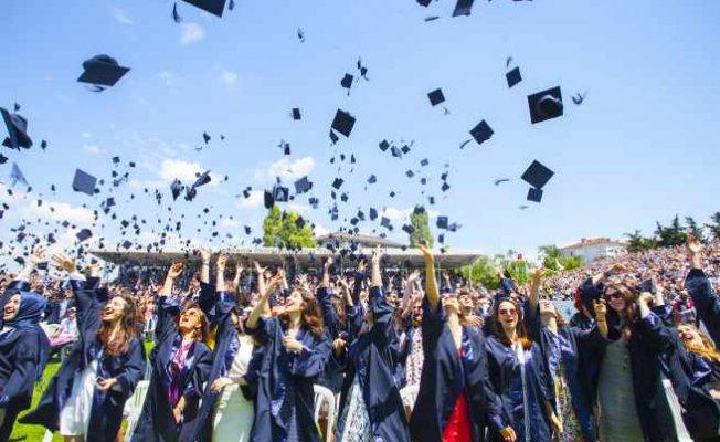 Boğaziçi Üniversitesi 151'nci mezunlarını uğurladı