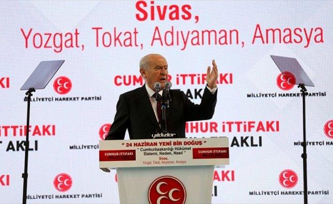 MHP Genel Başkanı Bahçeli'den apolet açıklaması