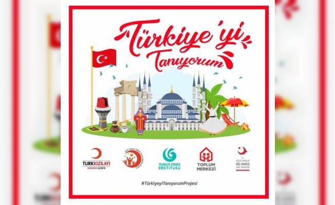 """Türk ve Mülteci Çocuklar """"Türkiye'yi Tanıyorum"""" Projesinde Buluşuyor"""