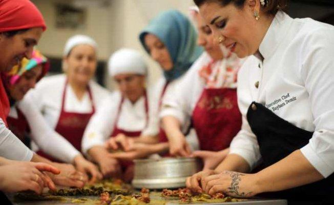 Dünyaya ilham veren 10 şeften biri Ebru Baybara Demir