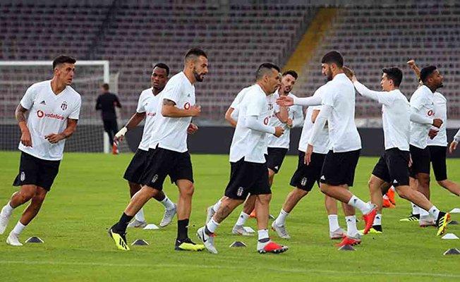 Beşiktaş, LASK Linz karşısında