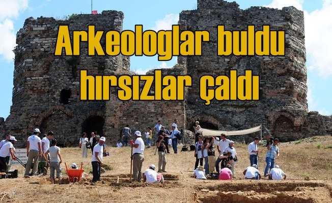 Arkeologların 2 yılda bulduğu tarihi eserler soyuldu