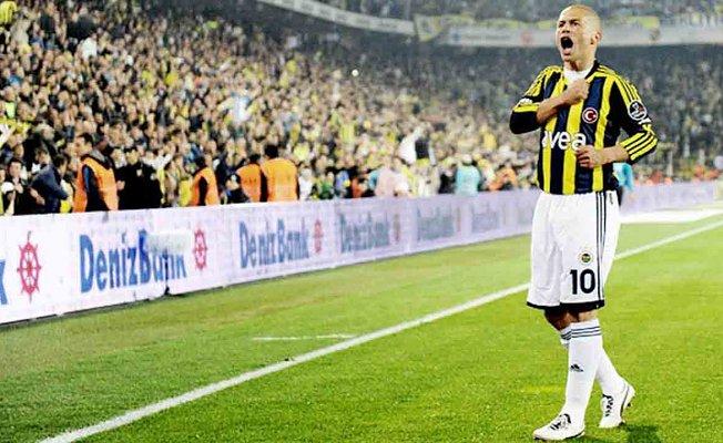 Fenerbahçe Alex'in doğum gününü kutladı