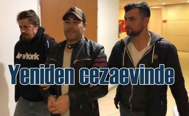 Şarkıcı Atilla Taş, FETÖ'den cezaevine girdi