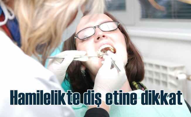 Hamilelikte diş eti problemleri bebeği etkiliyor
