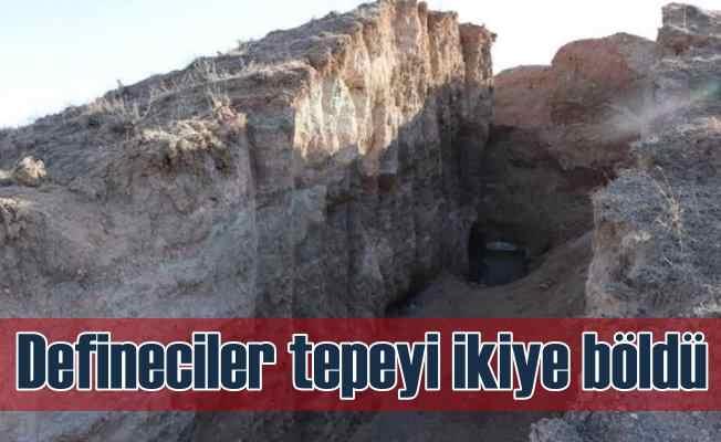 Definecilerin ikiye yardığı tepeden anıt mezar çıktı