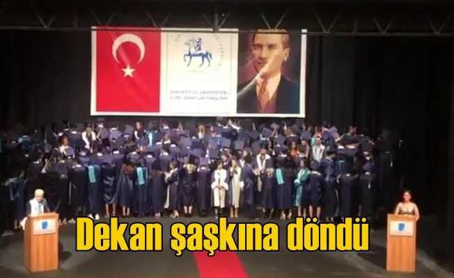 Dokuz Eylül'de dekanı şaşkına çeviren protesto