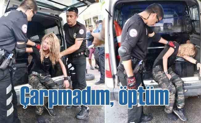 Alkollü kadın sürücü 6 araca çarparak durdu