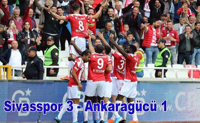 Sivasspor üç puanı üç golle aldı, Sivasspor 3-Ankaragücü 1