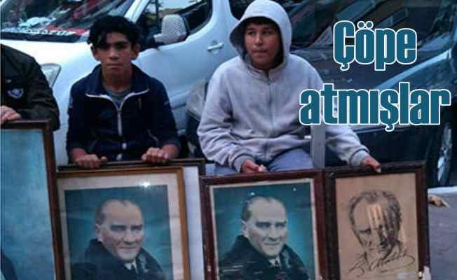 Atatürk fotoğraflarını çöpten çocuklar buldu