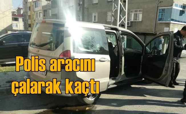 Polis aracını çalarak kaçan hırsız trafiği karıştırdı