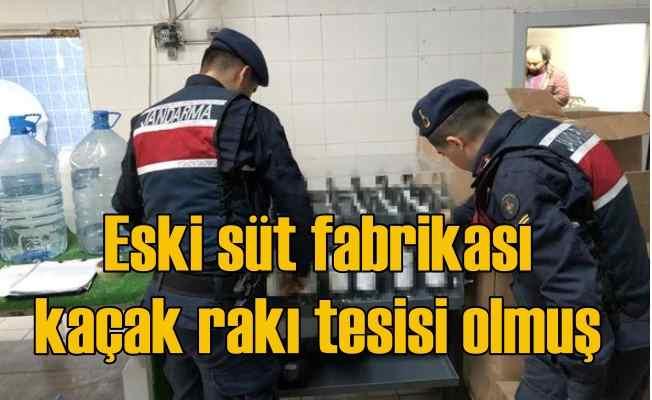 Süt fabrikasını sahte rakı tesisine çevirmişler
