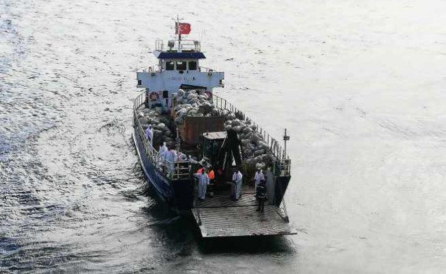 İBB ekipleri adaları tertemiz yaptı