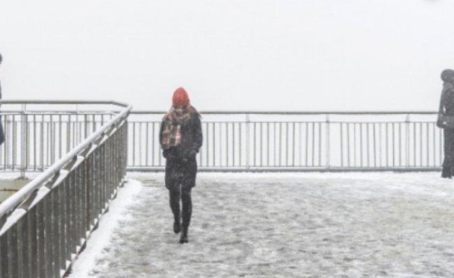 İstanbul'da yarın kar yağışı bekleniyor.