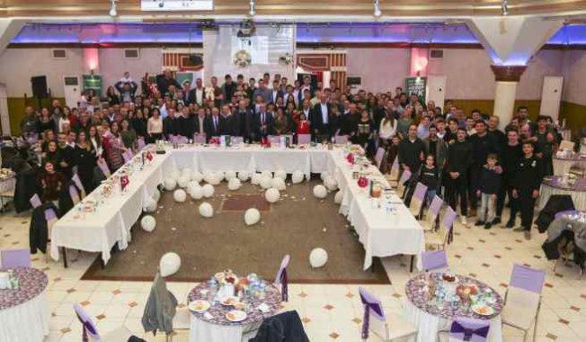 Teksüt Bandırma BK ailesi yeni yıl yemeğinde buluştu | Süt ve basketbol konuşuldu