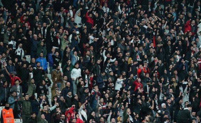 """Vodafone Park'ta'Abdullah Avcı istifa' sesleri"""""""