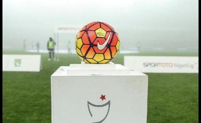 Süper Lig'de maç programı ve haftanın hakemleri belli oldu