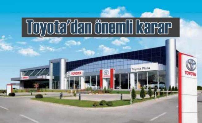 Toyota showroomlarına aynı anda en fazla 2 müşteri alacak