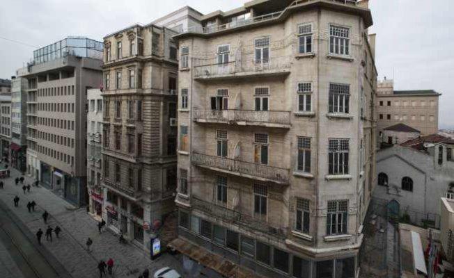 İş Bankası'nın Beyoğlu'ndaki tarihi binasında restorasyon başlıyor