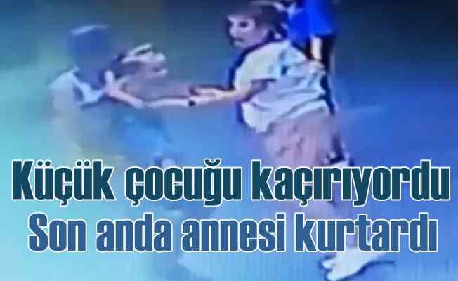 Antalya'da çocuk kaçırma girişimi   Annesi son anda önledi