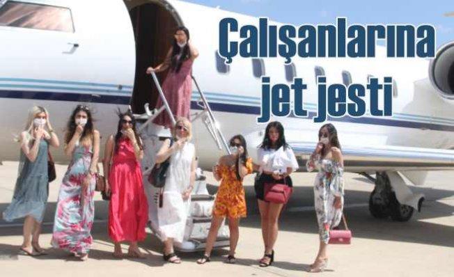 Dilan Polat çalışanlarını özel jetle götürdü