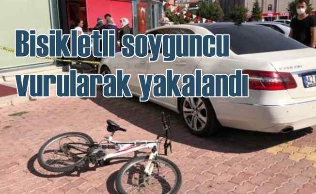 Bisikletli kuyumcu soyguncuları vurularak yakalandı