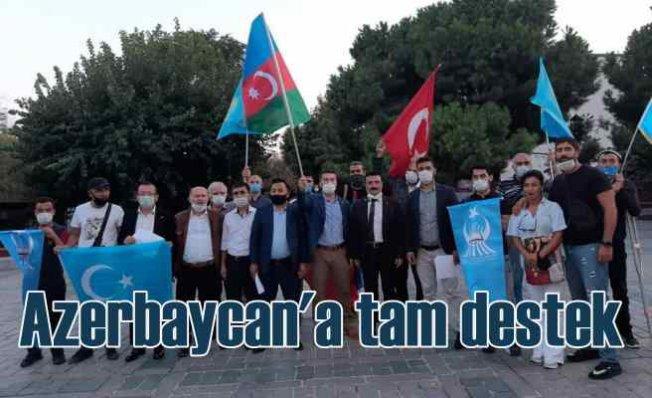 Doğu Türkistanlı gençler Azerbaycan'a gitmek istiyor