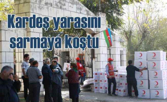 Azerbaycan'da son durum | Kızılay kardeşinin yardımına koştu