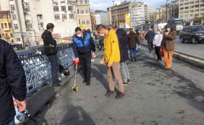 Galata'da oltacılara 3 metre şartı